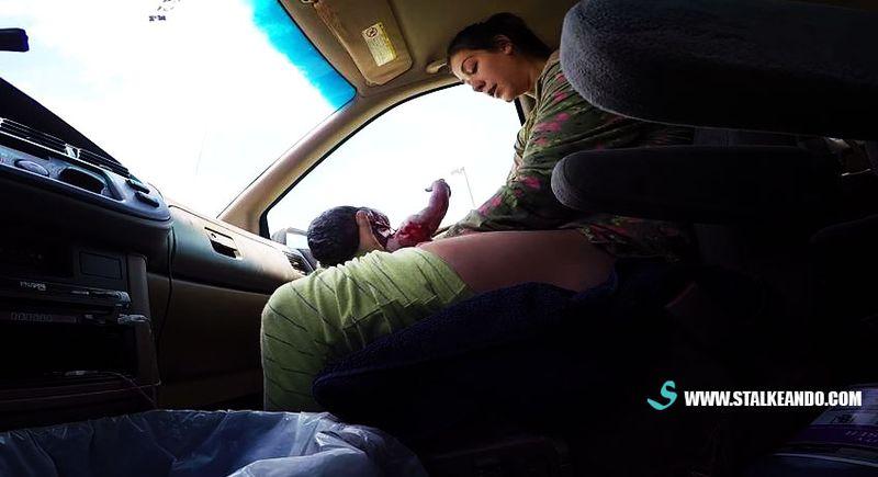 Filma el nacimiento de su hijo en el auto