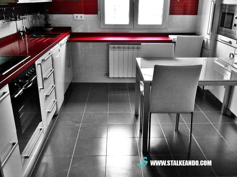 Paredes de color rojo en la cocina pueden afectar tu dieta