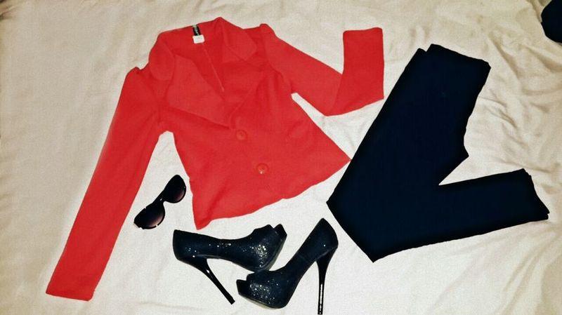 Las últimas tendencias de la moda, consejos para vestir, outfits para damas y caballeros.
